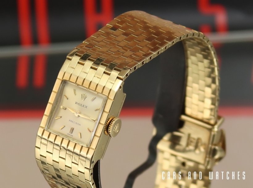 Minty 18K Rolex Lady's Precision cocktail watch